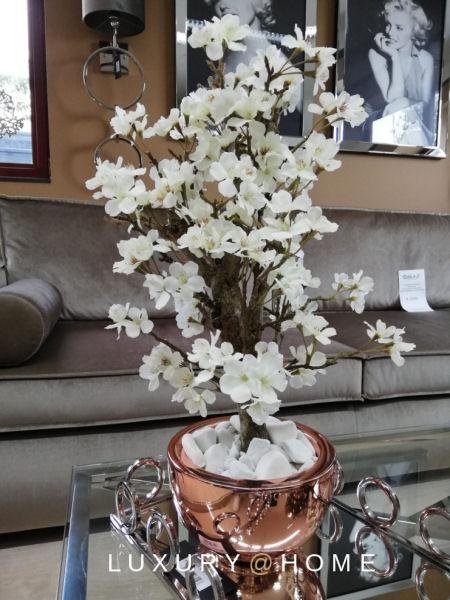 Zijden_bloesemboom_in_koperen_pot_Luxury@Home